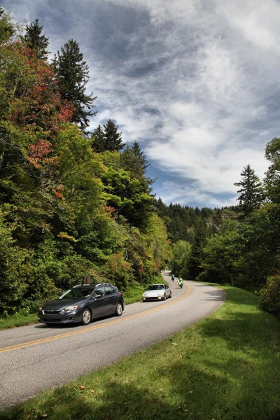 Cars traveling the Blue Ridge Parkway near Mount Pisgah in North Carolina. Photo by A. Armstrong