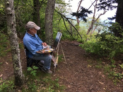 John Mac Kah painting outdoors on the Blue Ridge Parkway