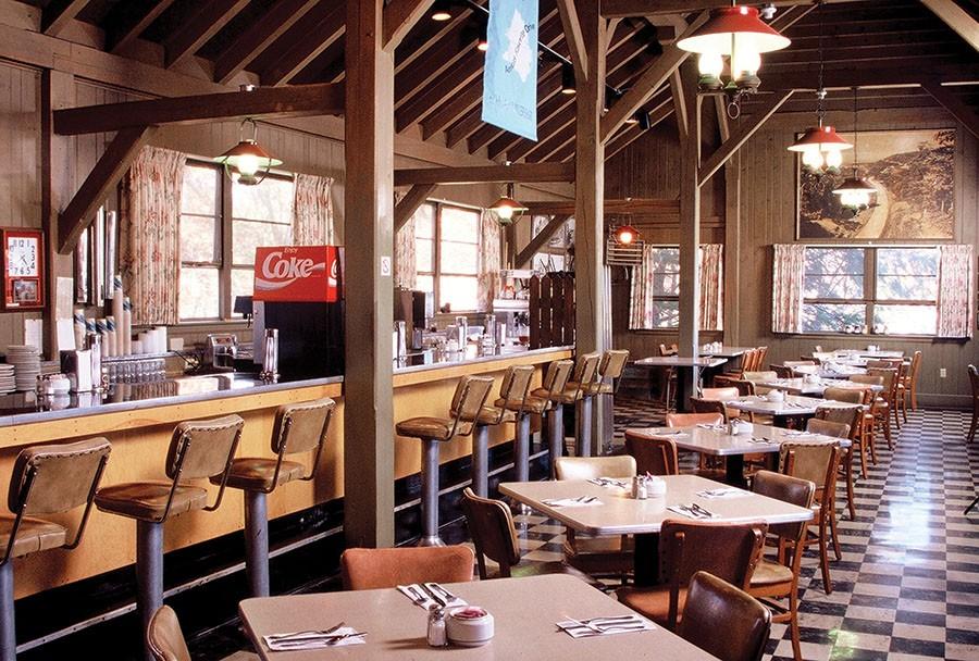 The Bluffs Restaurant in 1995. Photo courtesy of Bill Harrison