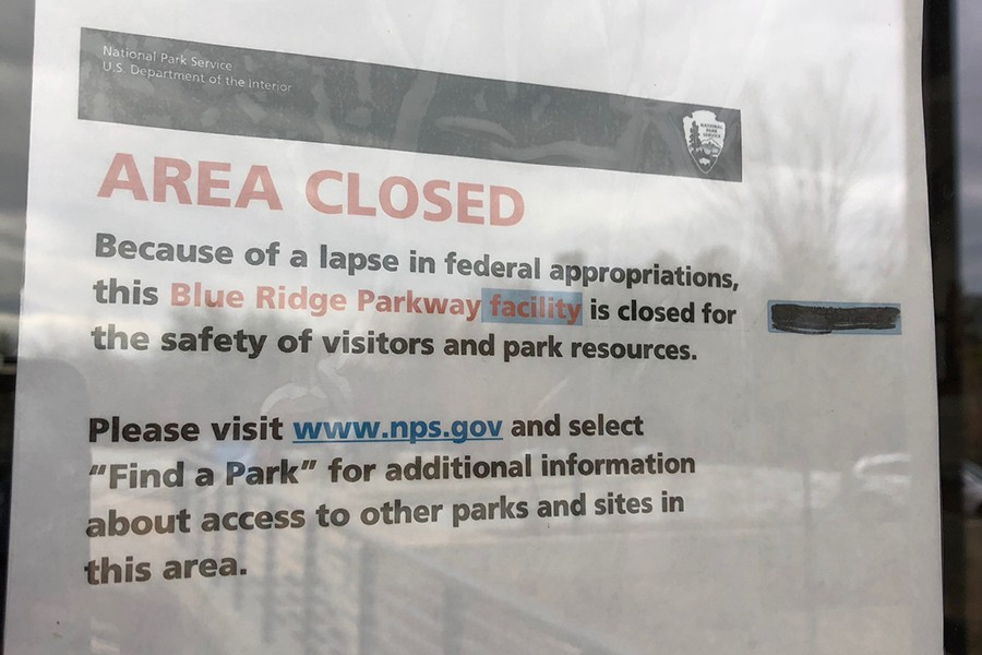 Area closed sign at Asheville Visitor Center
